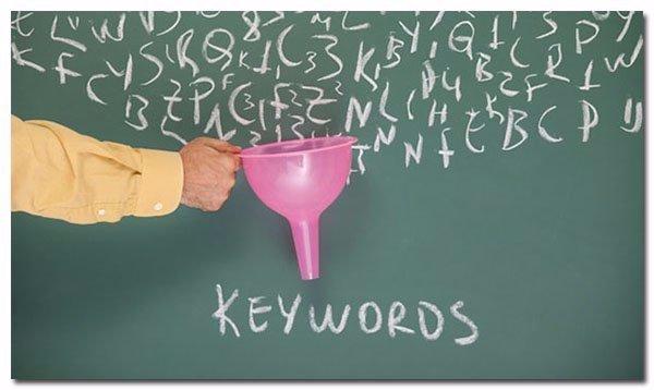 La création de contenu permet d'optimiser le SEO et donc le référencement dans les SERPs Google
