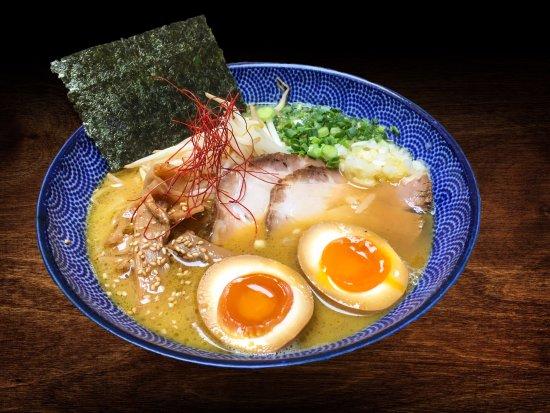 Shoyu Shina Chef de Kodawari Ramen, Paris